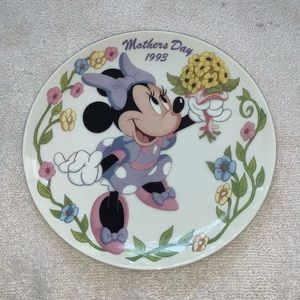 3/$30Grolier Collectibles Disney Mother's Day 1993